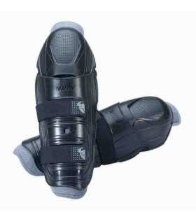 Thor Quadrant black knee guards